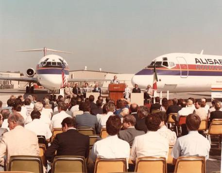 Meridiana 1984 consegna I-SMEL Alisarda